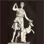 Artemis_standbeeld