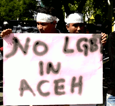 Demonstratie 'NO LGBT IN ACEH'